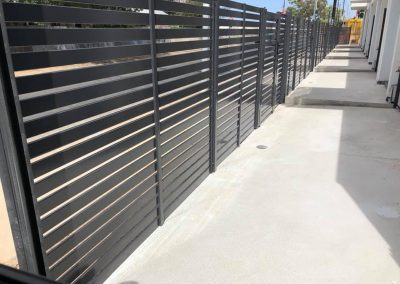powder coated fencing01