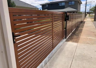 powder coated fencing03